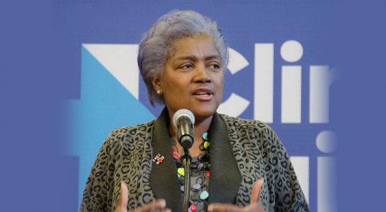 Campanha de Donna Lease Brazile para Hillary Clinton em Nassau - Foto: Tim Pierce via Wikimedia Commons