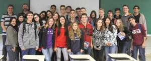 Os 24 estudantes vieram de Bauru para conhecer o ICMC | Foto: Henrique Fontes