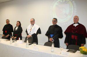 A cerimônia foi prestigiada por vários dirigentes, docentes, funcionários e alunos da Faculdade de Odontologia de Ribeirão Preto | Foto: Ernani Coimbra