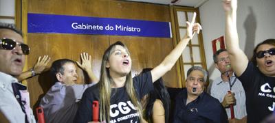 Servidores pedem a exoneração do ministro da Transparência, Fiscalização e Controle, Fabiano Silveira - Foto: Antonio Cruz/ Agência Brasil