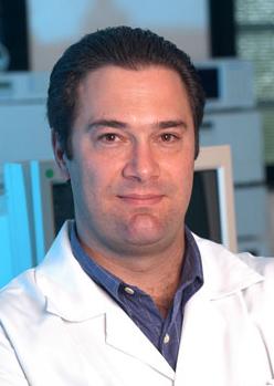 Orestes Forlenza, professor e médico do laboratório de Neurociências do IPq - Foto: Reprodução/Ed. Manole
