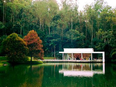 Galeria True Rouge, uma das galerias permanentes de Tunga no Instituto Inhotim, em Minas Gerais - Foto Vinicius Depizzol