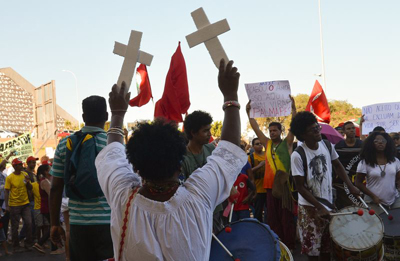 2ª Marcha Nacional do Reaja ou será morto, movimento pelo fim do genocídio da população negra e contra o racismo - Foto: José Cruz/Agência Brasil