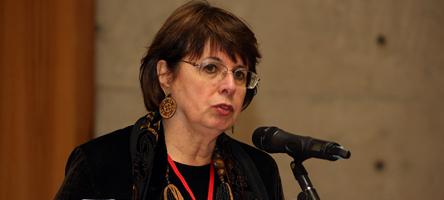 Maria Luiza Tucci Carneiro durante o seminário Vozes do Holocausto - Foto: Cecília Bastos/USP Imagens