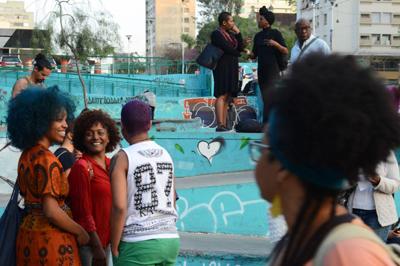 Concentração de ato organizado pela Marcha das Mulheres Negras, na praça Roosevelt - Foto: Rovena Rosa/Agência Brasil via Fotos Públicas