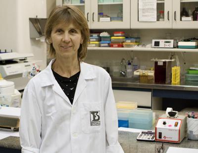 Ana Marisa Chudzinski-Tavassi coordena a pesquisa premiada na categoria Inovação Tecnológica em Oncologia - Foto: Guilherme Lara Campos/Gov. ESP