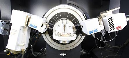 Detalhe de equipamento do Laboratório de Cristalografia do Instituto de Física | Foto: Marcos Santos