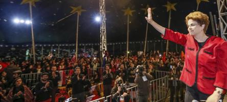 Dilma Roussef no evento Circo da Democracia, organizado em seu apoio - Foto: Roberto Stuckert Filho/Fotos Públicas