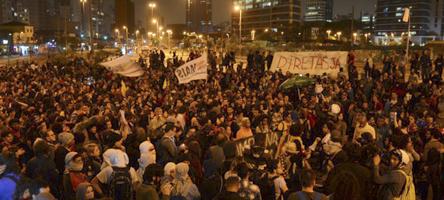 Manifestação contra o governo Temer, em São Paulo - Foto: Rovena Rosa/Agência Brasil