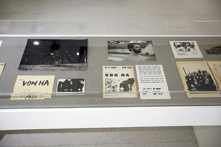 Documentos, livros e fotos da década de 1950