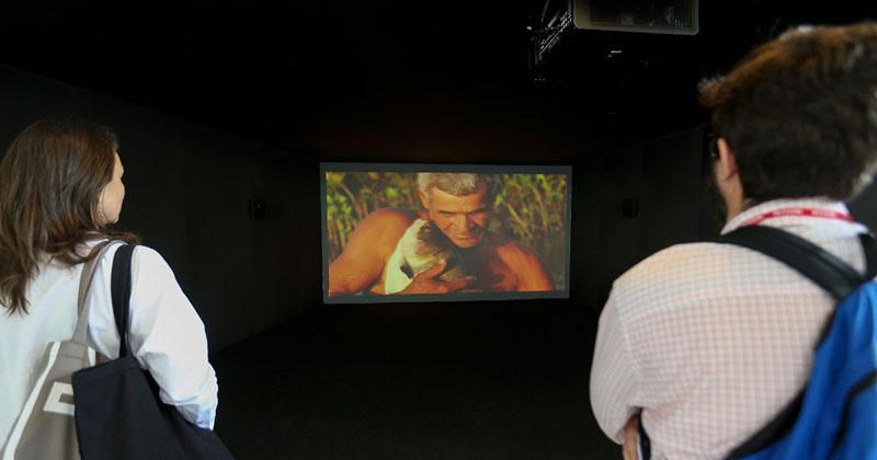 O Peixe, Filme tranferido para HD digital, de Jonathas de Andrade na 32ª Bienal de São Paulo: Incerteza Viva - Foto: Marcos Santos/USP Imagens