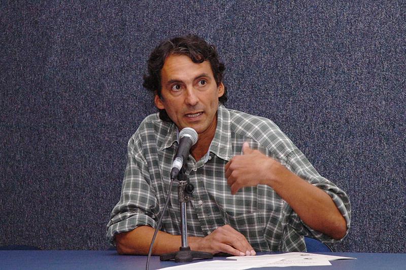 Angelo de Oliveira Segrillo - Foto:Francisco Emolo/Arquivo Jornal da USP