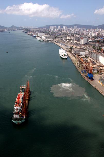 Vista aérea geral do Porto de Santos - Foto: Divulgação Petrobras via Portal Brasil