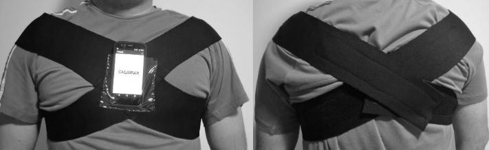 Celular é fixado ao peito do paciente, alertando quando ele não está com a postura correta - Foto: Divulgação
