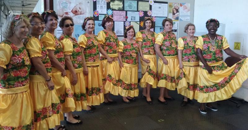 Grupo Revivendo e Dançando - Foto: Rosemeire Pola