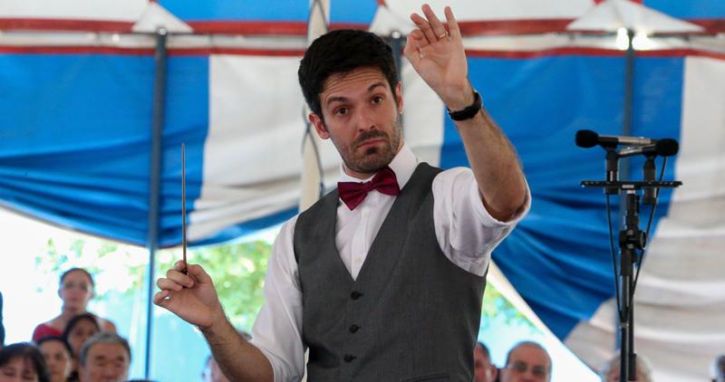 O maestro convidado William Coelho conduziu a Osusp no espetáculo - Foto: Marcos Santos/USP Imagens