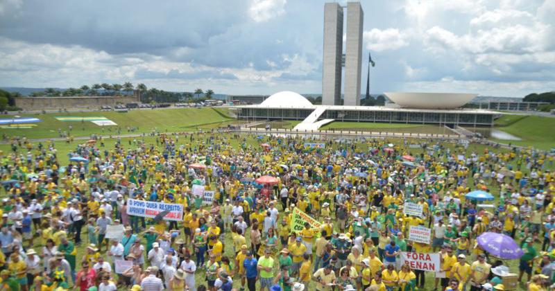 Brasil precisa mais que resolver o problema da corrupção como, por exemplo, melhorar a educação - Foto: Marcello Casal Jr/ Agência Brasil