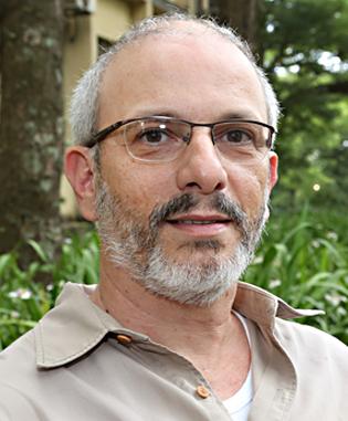 Alexandre A. Oliveira é professor do Departamento de Ecologia do Instituto de Biociências (IB-USP) - Foto: Marcos Santos/ USP Imagens