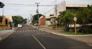 Ruas próximas à entrada do Campus de Bauru da USP. Foto: Marcos Santos/USP Imagens