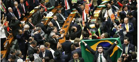 Brasília - Sessão para votação da autorização ou não da abertura do processo de impeachment da presidenta Dilma Rousseff, no plenário da Câmara dos Deputados. ( Marcelo Camargo/Agência Brasil)