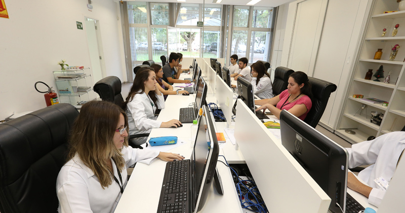 CIM - Centro de Informação de Medicamentos - Foto: Marcos Santos/USP Imagens