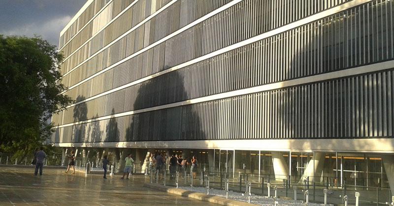 Museu de Arte Contemporânea da USP no prédio desenhado por Oscar Niemeyer - Foto: Alecsandra Matias