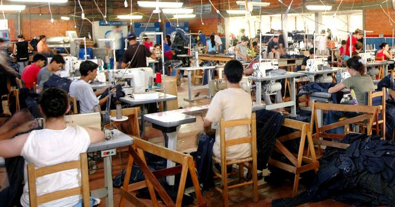 Para crescerem, as micro, pequenas e médias empresas precisariam captar recursos no mercado de capitais, mas sem perder o benefício de pagar impostos menores - Foto: Agência Brasil