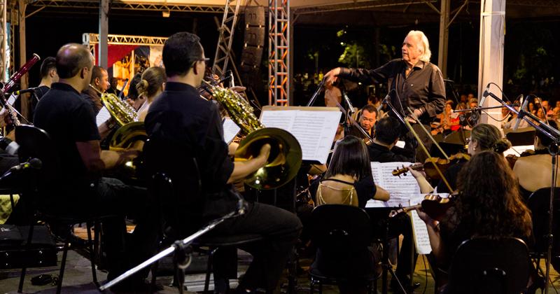 João Carlos Martins e a Filarmônica Bachiana se apresentam na Esalq - Foto: Gerhard Waller