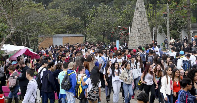 Feira de Profissões - Foto: Marcos Santos/USP Imagens