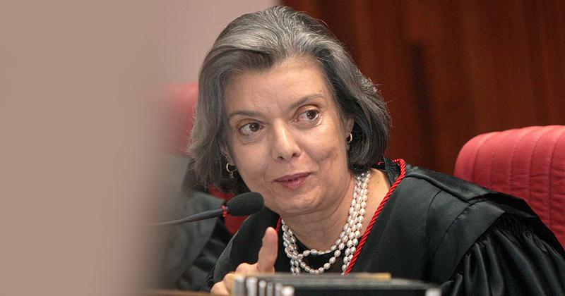 Presidente do TSE, ministra Carmem Lúcia - Foto: STJ Noticias via Visual Hunt