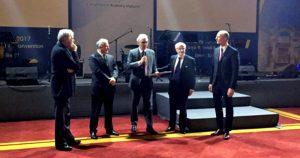 Trabalho sobre prótese de orelha média recebe prêmio na Europa
