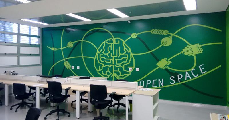 Sala compartilhada na Supera Incubadora de Empresas de Base Tecnológica por empresas em pré-incubação - Foto: Divulgação/ Supera Parque