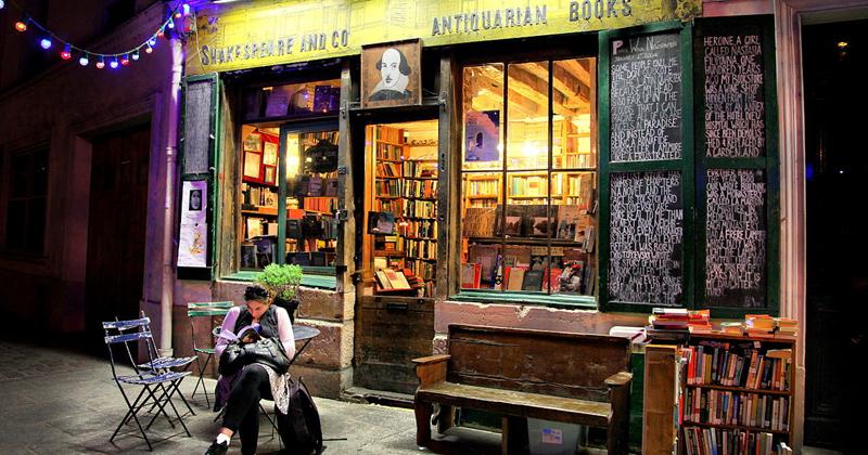 Livraria Shakespeare and Company, em Paris - Foto: Wikimedia Commons