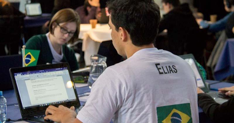 O aluno Elias Cavalcante, durante a segunda participação da USP na competição, em 2016 - Foto: Divulgação