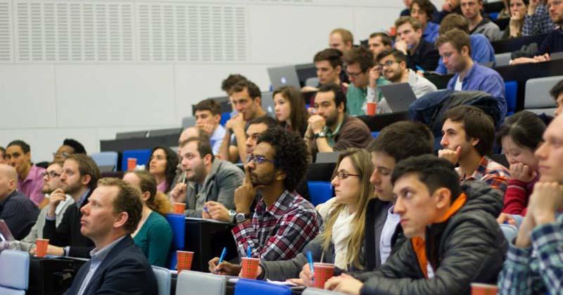 Equipe da USP durante a primeira participação da Universidade - Foto: Divulgação