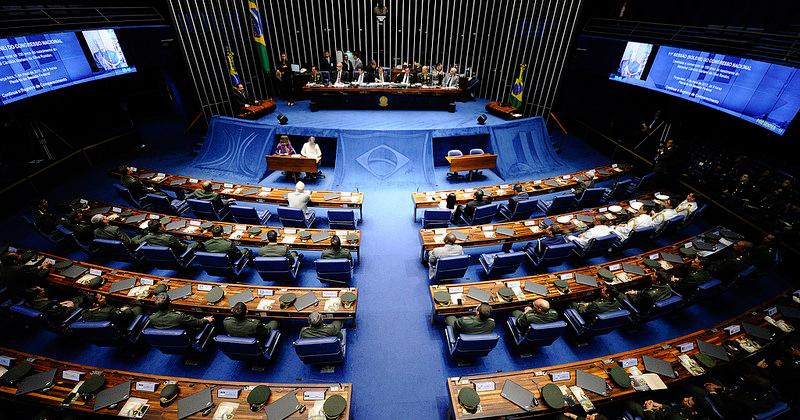 Elaborar leis que melhorem o funcionamento do mercado é uma medida importante para o desenvolvimento do país - Foto: Edilson Rodrigues/Agência Senado