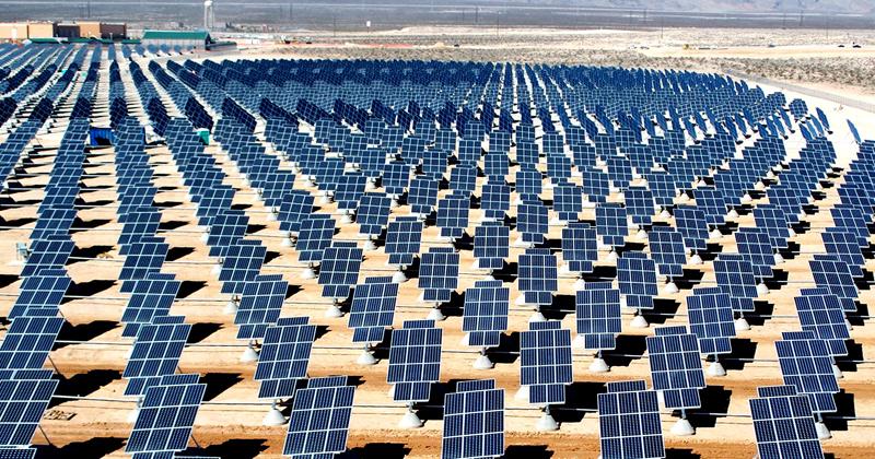 China pode liderar mercado de energias renováveis após promessa de Donald Trump de fortalecer indústria do carvão - Foto: Wikimedia Commons