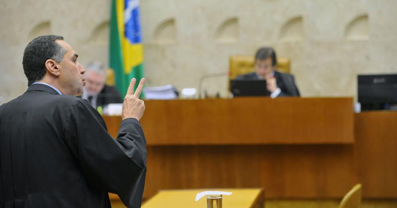 Luís Roberto Barroso, advogado da CNTS, defendeu a legalização do aborto de anencéfalos - Foto: Elza Fiúza/ABr via Wikimedia Commons