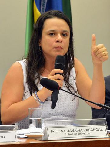 Janaína Paschoal na Câmara dos Deputados em 2016 - Fabio Rodrigues Pozzebom/Agência Brasil