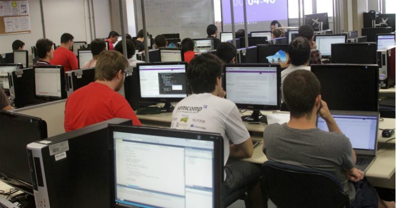 No ano passado, 59 estudantes participaram do Microsoft Code Competition no ICMC - Foto: Divulgação