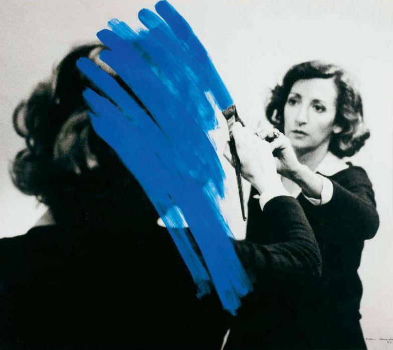 Foto de Sofia Borges, autora de ensaio presente nesta edição de Ars