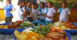Merenda escolar reduz consumo de alimentos ultraprocessados entre adolescentes