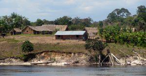 Livro em tupi moderno busca fortalecer o idioma na Amazônia