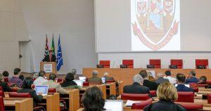 A convite da Reitoria, Conselho Universitário é informado sobre projetos da gestão