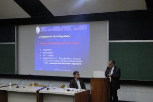 Reitor ministra palestra a estudantes e profissionais na PUC-Rio