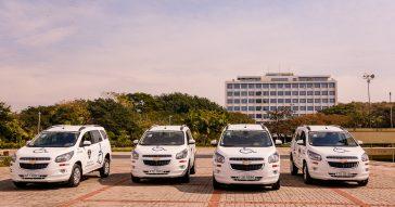USP entrega carros para transporte de pessoas com mobilidade reduzida