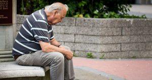 Idosos em isolamento socialprecisam de suporte emocional