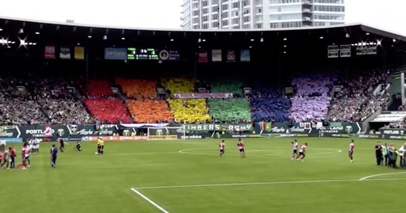 045325a8a1905 Grupos LGBT buscam seu espaço nas comunidades futebolísticas