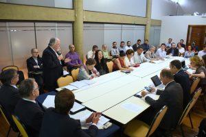 Escritório estuda criar indicadores do impacto social das universidades