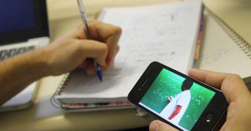 A educação a distância, também conhecida por EAD - Foto: Marcos Santos/USP/Imagens